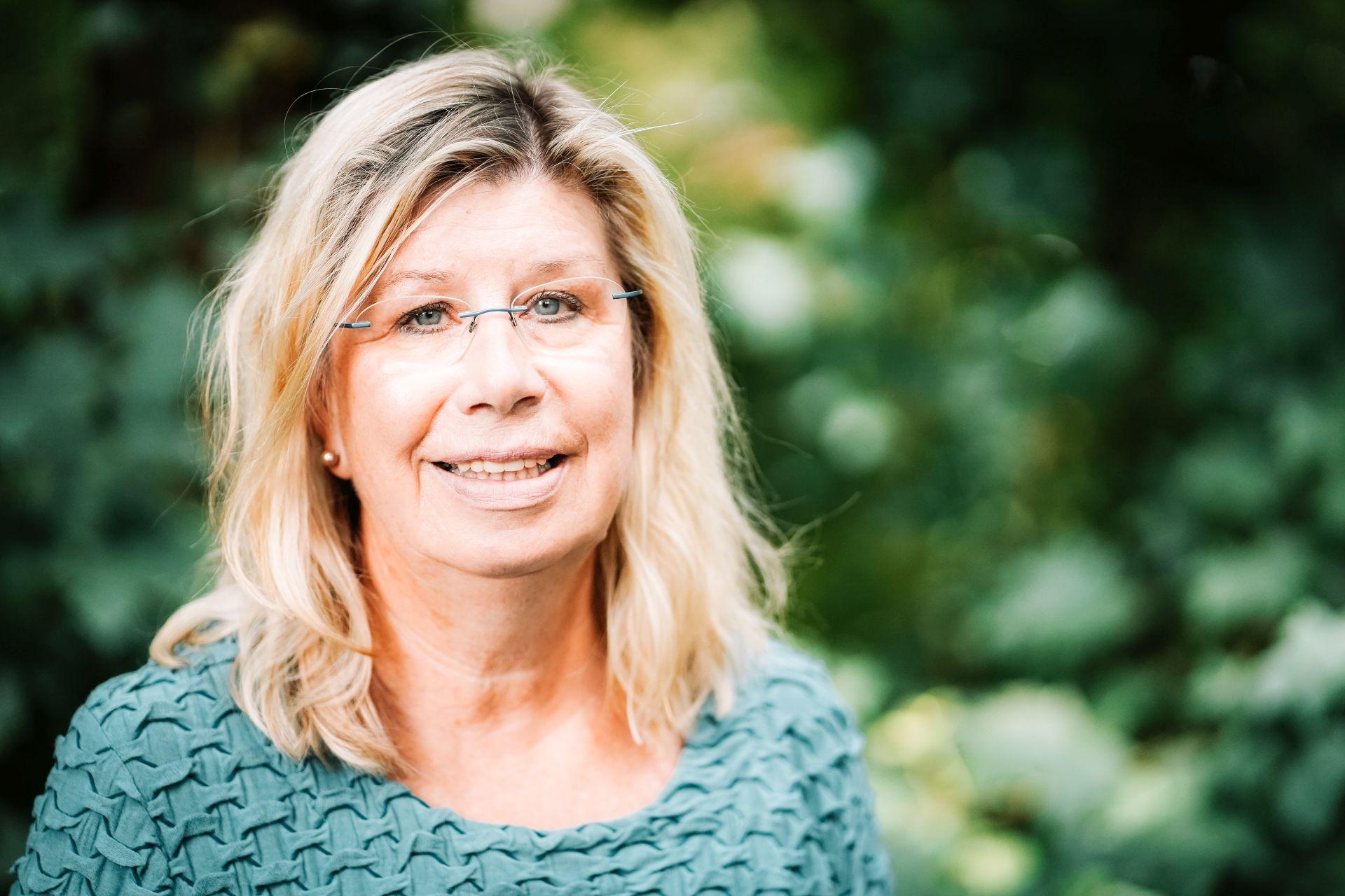 Gudrun Behm-Steidel Kontakt