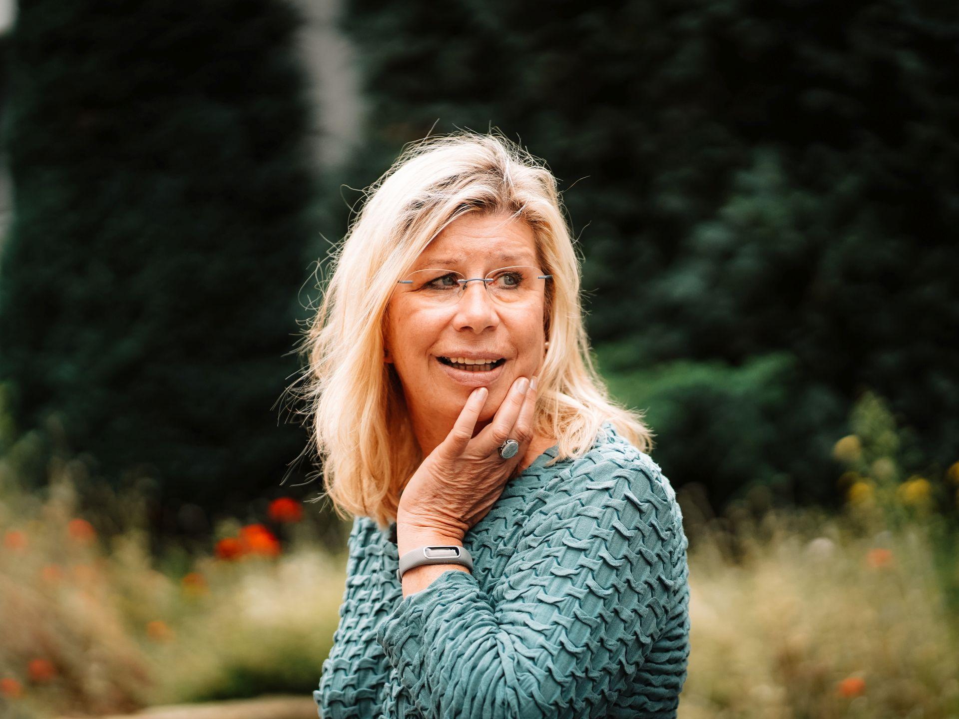 Gudrun Behm-Steidel Portrait über mich